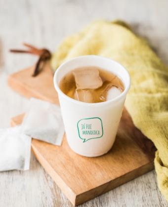 Startup cria embalagem de mandioca que se torna adubo