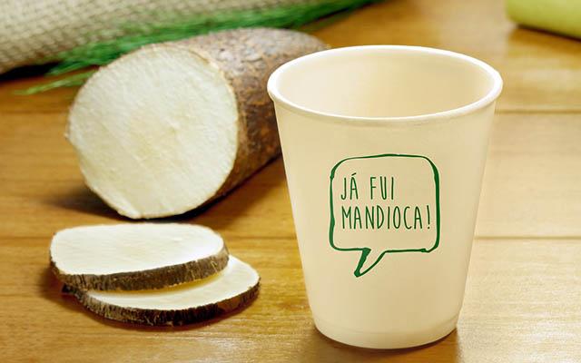 Startup produz copos e embalagens feitos de mandioca